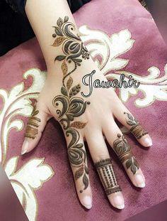 نقش حنا Khafif Mehndi Design, Mehndi Design Pictures, Mehndi Art Designs, Beautiful Mehndi Design, Latest Mehndi Designs, Mehndi Images, Henna Tattoo Designs, Mehndi Style, Unique Henna