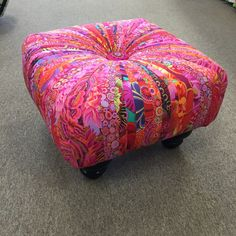 Love this Square Tuffet, Kaffe Fassett Collective. Quilter's Cocoon