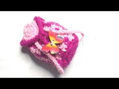 How to Crochet a Mini-Backpack (checkerboard design) Crochet Pouch, Crochet Hooks, Free Crochet, Simple Sewing Machine, Crocodile Stitch, Tapestry Crochet, Mini Backpack, Barbie Dolls, Free Pattern