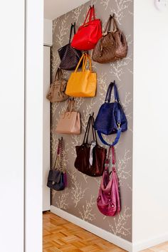You need a purse storage if you have many purses. The purses should be kept well because it can be cramped each other. The purses may be damaged if you do not make a good purse storage. The colorful purses with different design will also be a small a Handbag Storage, Handbag Organization, Shoe Organizer, Closet Organization, Storage Organization, Organizing Purses In Closet, Closet Storage, Bedroom Storage, Organizing Bags