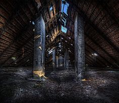 Attic of a soviet military base  added on: 9/21/2011 tags: abandoned, airbase, attic, former, hungary, military, sergio bukini, soviet            Url: http://www.flickr.com/photos/agrhomberg