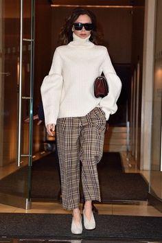 La diseñadora nos inspira con sus últimos outfits.