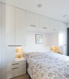 Wardrobe around bed straight profiles