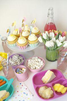 | spring party decor |