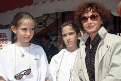Little Eva Green with her sister and mother. #evagreen #marlenejobert