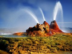 Amazing and stunningly beautiful little known Geyser in Nevada ...