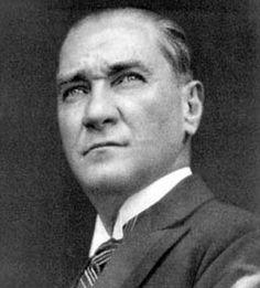 Atatürk  hakkında haberlerin yer aldığı sayfamızda, Atatürk  haberleri, açıklamaları ve Atatürk fotoğrafları yer alıyor.