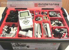 Robotics/ robotika. Programa skirta 9-12-ų klasių moksleiviams, siekiantiems įgyti autonominių robotų kūrimo ir programavimo žinių bei įgūdžių. Lego Mindstorms, Lego Technic, Used Legos, Robotics Projects, Lego Activities, Free Lego, Lego System, Lego Robot, Stem Projects