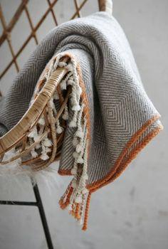 Handwoven Woolens ~sandra de~My Romantic Heart~