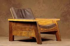 Reclaimed Wood Furniture is beautiful with modern décor. DesigndistrictModern.com has a great selection of reclaimed wood furniture at outlet store prices.
