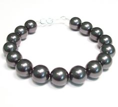 Black Chunky Pearl Bracelet Single Strand 10mm Pearls by bonitaj