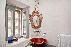 Loutra Villa - bathroom