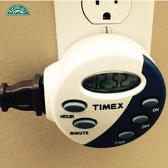 @fetchgretch1 saves energy by keeping their outdoor lights on timers instead of being on all night long. #RiceSelectEcoChallenge #Day4 #SaveEnergy #Earth