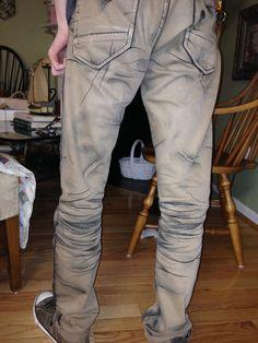 Borderlands 2 Cel-shaded Bandit pants More athttps://www.facebook.com/LMcosplays