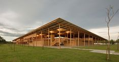 A wooden boarding school dormitory located on the edge of a rainforest in northern Brazil has been declared the world's best new building. Children Village was chosen from a longlist of 62 projects to receive the prestigious RIBA 2018 International Prize. Social Housing Architecture, Architecture Design, School Architecture, Contemporary Architecture, Brazilian Rainforest, Tomie Ohtake, In Plan, Forest School, Landscape Design