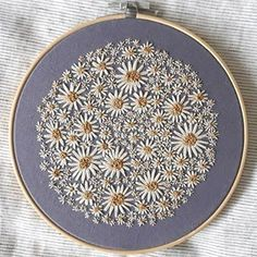 This photo can be a very inspiring and top notch idea – Handstickerei Flower Embroidery Designs, Hand Embroidery Stitches, Modern Embroidery, Embroidery Hoop Art, Floral Embroidery, Cross Stitch Embroidery, Sewing Stitches, Embroidery Patches, Ribbon Embroidery