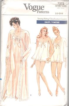 Vogue 7372 1980s Misses Peignoir Nightgown Panties by mbchills