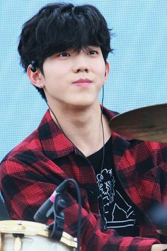 Day6 Dowoon, Young K, Photo Reference, Biceps, Kpop, Boys, August 25, South Korea, Display