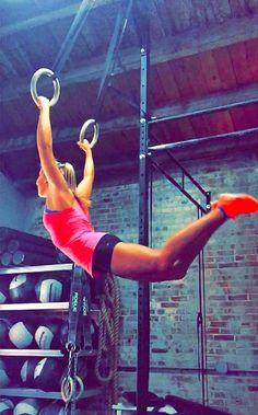 muscle-ups ! #crossfit #fitspo // instagram @kylie_francis