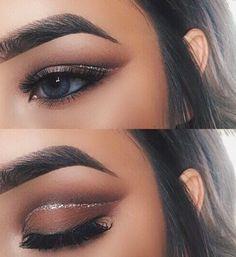 glitter eyelid crease