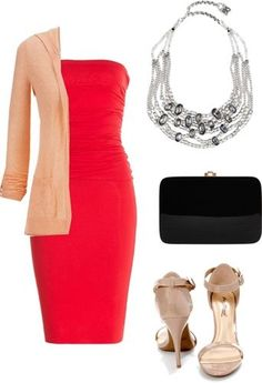 daring necklace outfit 2
