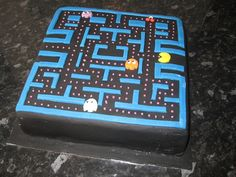 Pacman birthday cake