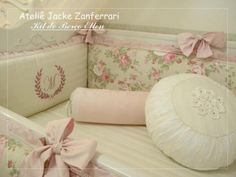 Kit Berço Hellen :: Jacke Zanferrari Vintage Baby Rooms, Baby Boom, Baby Pillows, Cot, Girl Nursery, Home Crafts, New Baby Products, Children, Shabby