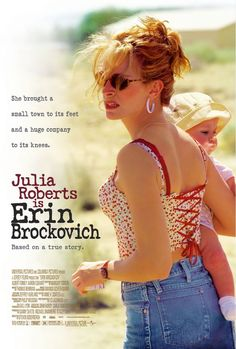 'Erin Brockovich' starring Julia Roberts in the title role. A divorcee convinces her boss (Albert Finney) to investigate contaminated water in a nearby town. The film was an Oscar winner for Julia Roberts. Film Movie, Dvd Film, See Movie, Film Music Books, Movie List, Movie Club, Films Étrangers, Films Cinema, Julia Roberts Erin Brockovich