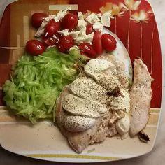 #dieta #diet #instagram #protein #lunchtime #vecere#good#goodtimes#healthylifestyle #health #fitnessfood #instagood #instafood#chicken#vegetables#tomatoes#yummy#fitness#mozzarella#zdravastrava#zdravejidlo#zdravavyziva#salads#healthy by monika_rafaelova_