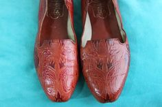 chic leather flats made in india- hand painted with tribal safari animal design- size 6