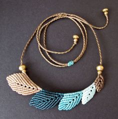 macrame leaf necklace boho leaves bohemian por Mediterrasian
