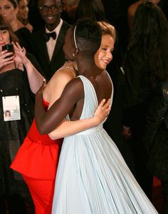J Law & Lupita OSCARS 2014 <3 <3 <3