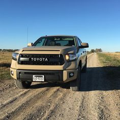 Goodbye old friend. Hope to see you again soon!#trucksofinstagram #offroad #offroadlife #pickups #trucks #dreamtruck #toyota #tundra #tundranation #tundraoffroad #trdpro #4wd #4x4