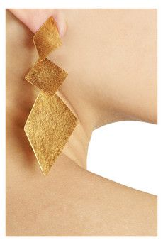 love these .. one day I will own a pair of Van der Straeten earrings .. Yes, they have some that are silver