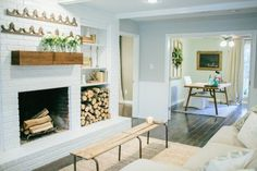 Fixer Upper | Season 2 Episode | The Unstately Manor