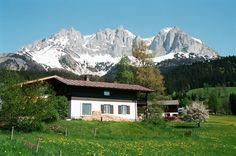 Unser Ferienhaus Sonnseite befindet sich seit über 50 Jahren in Familienbesitz und ist ideal für alle, die gerne wandern und / oder Skilaufen