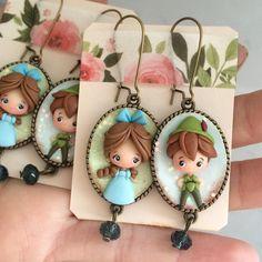 Peter e Wendy 💙 #icapriccidicolombina #fimo #polymerclay #handmade #disneyfan #fanart #peterpan #wendy #earrings #kawaii #chibi #love