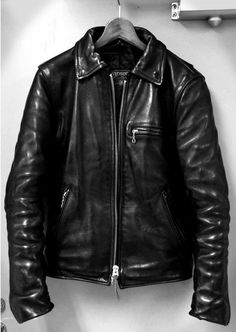 Choosing The Right Men's Leather Jackets – Revival Clothing Brown Leather Jacket Men, Vintage Leather Jacket, Lambskin Leather Jacket, Biker Leather, Leather Men, Leather Jackets, Black Leather, Cool Jackets For Men, Riders Jacket