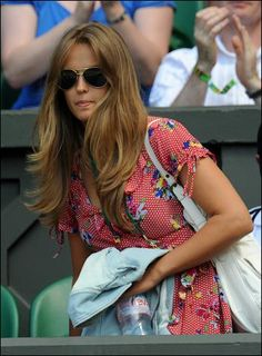 i'm obsessed with kim sears' style Hair Inspo, Hair Inspiration, Kim Murray, Fashion Idol, Women's Fashion, Long Dark Hair, Goddess Hairstyles, Stylish Clothes For Women, Shades Of Blonde