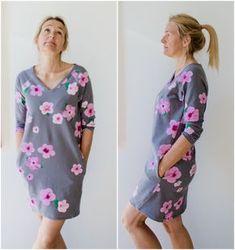 KUNDE AUS DEM AUSLAND? Ich freue mich, wenn du das Ebook bei Makerist kaufst! Hertha's Kleid ist ein locker fallendes Wohlfühl-Kleid. Durch die Raglanärmel sehr einfach zu nähen, wird es bestimmt schnell zu deinem Lieblingskleid. Das Schnittmuster gibt es in den Größen 34 – 48 Hertha's Kleid ist für Nähanfänger geeignet! Du kannst Hertha's Kleid in jedem Stoff...