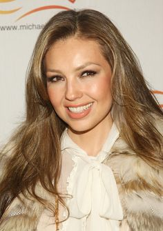 Thalia Nude Lipstick #makeup #lovely #natural #beauty Thalia, Tommy Mottola, Fresh Face Makeup, Famous Mexican, Prettiest Actresses, Nude Lipstick, Female Singers, Selena Gomez, Pretty Woman
