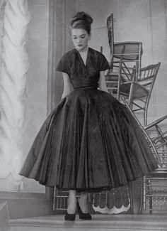 Christian Dior's New Look, 1947