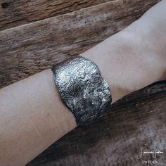 The Shield - Bracelet
