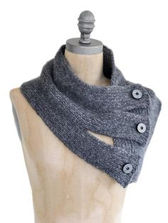 Tri Button Knit Cowl.  I love the simple yet elegant detail of this cowl! - sz