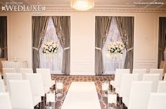 Wed Lux ceremony setting