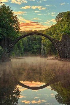 Rakotz bridge reflecting in lake Rakotzsee, Kromlau, Saxony, Germany. photo by thomasmuller handwerk lustig Sunrise in Middle-earth Places Around The World, Oh The Places You'll Go, Places To Travel, Places To Visit, Rakotz Bridge, Wonderful Places, Beautiful Places, Beautiful Scenery, Beautiful Moments