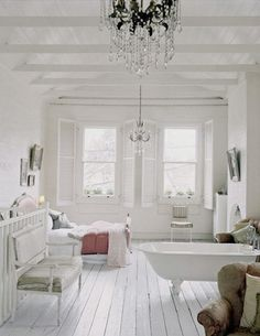 Lovely white floors~ they are so pretty! But gosh they can be a pain in the you know where when it comes to keeping them clean. Via: Josh Loucas Design Via: Liza Giles Design Via: The shoot factory Via: Corbis Via: Beach Studios Via: Ideal Home Studio Apartment Layout, Studio Layout, Studio Apartments, Apartment Ideas, Baños Shabby Chic, Shabby Chic Homes, White Wooden Floor, Chic Bathrooms, White Rooms
