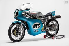 New from NYC Norton: A Seeley Matchless racing motorcycle British Motorcycles, Racing Motorcycles, Grand Prix, Norton Bike, Revolution, Build A Bike, Bike Logo, Kustom Kulture, Custom Motorcycles