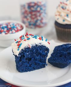 Blue Velvet Cupcakes with Easy Vanilla Buttercream by Tracey's Culinary Adventures, via Flickr