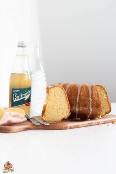 Guglhupf mit Pedacola - Rezept am Blog - klick aufs Bild! Baking, Powdered Sugar, Kuchen, Recipes, Bakken, Bread, Backen, Postres, Roast